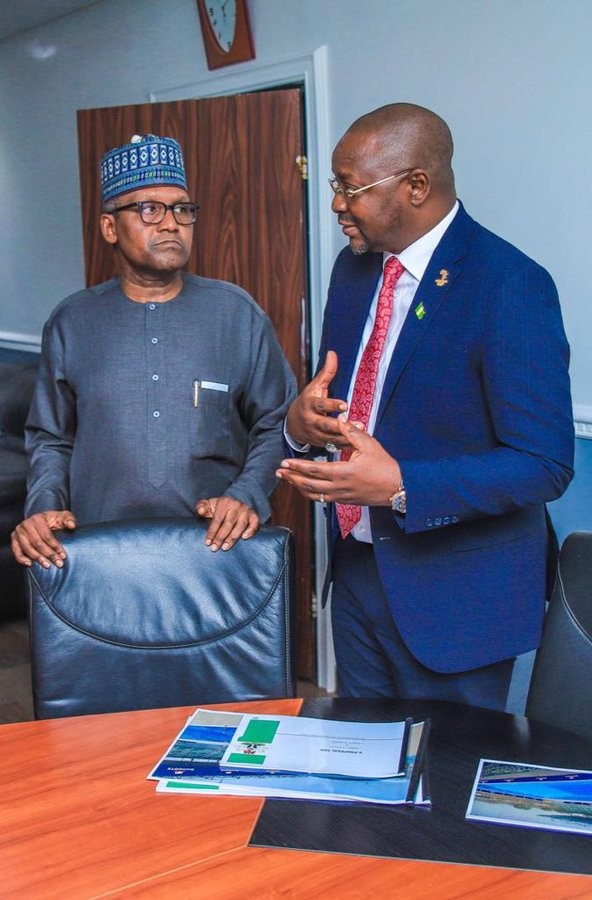 Nigerian Sports Minister Sunday Dare, right, signed off on the payment last month ©Twitter