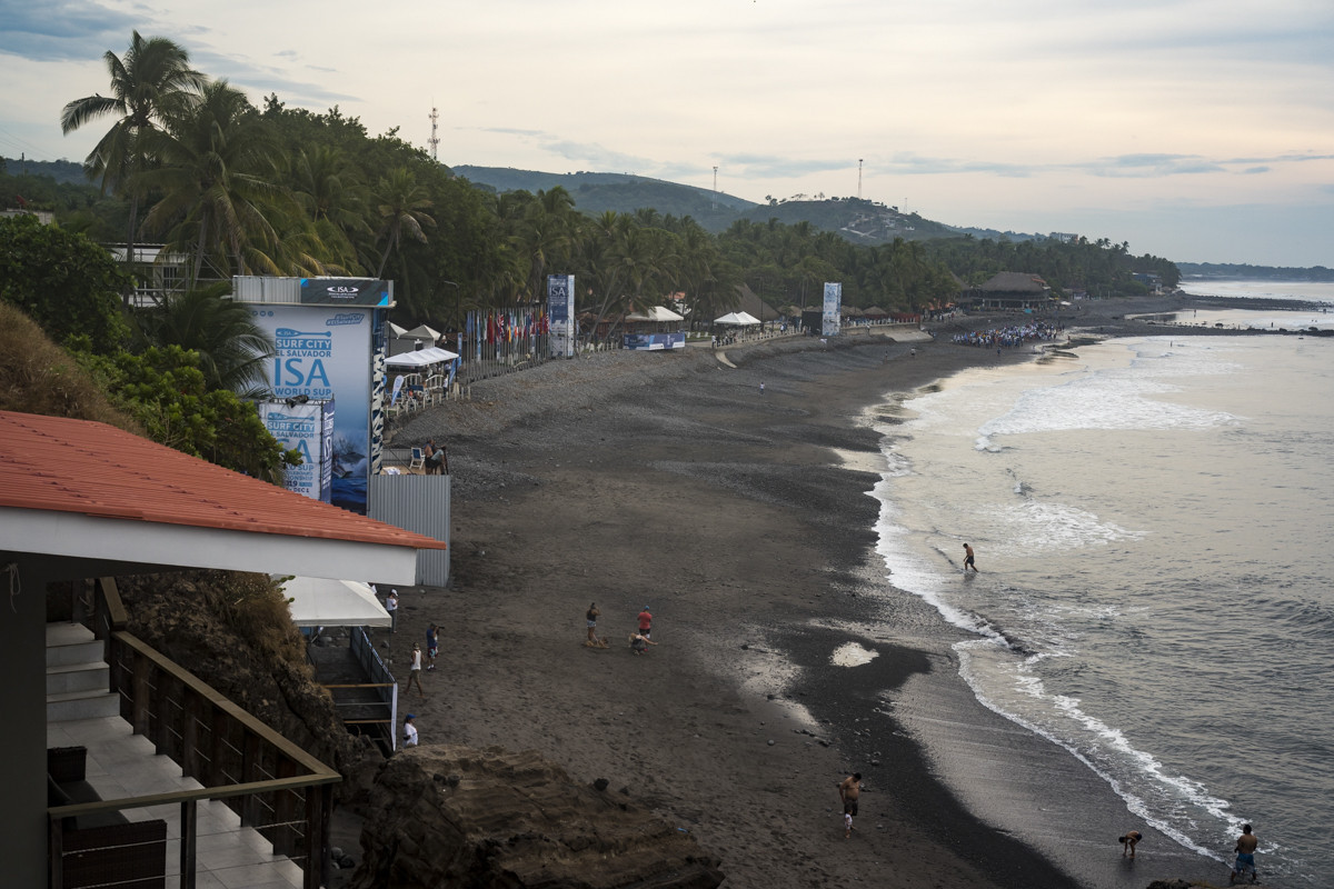 El Sunzal beach is currently hosting the ISA World SUP and Paddleboard Championship ©ISA