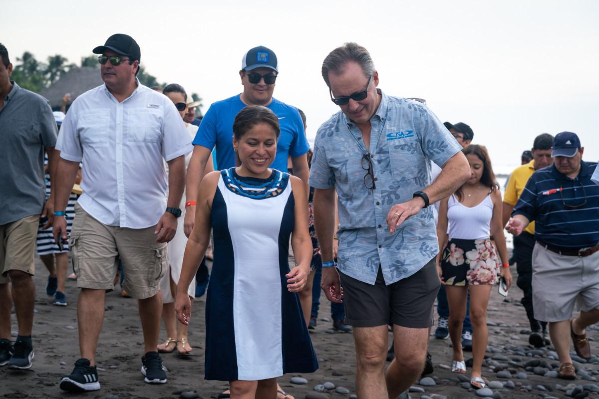 El Salvador's can-do attitude key to ISA successes at World SUP and Paddleboard Championship