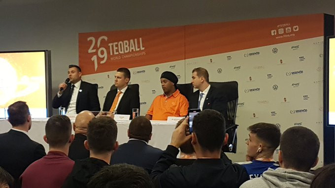 """Ronaldinho thanks teqball fans for """"wonderful welcome"""" at World Championships"""