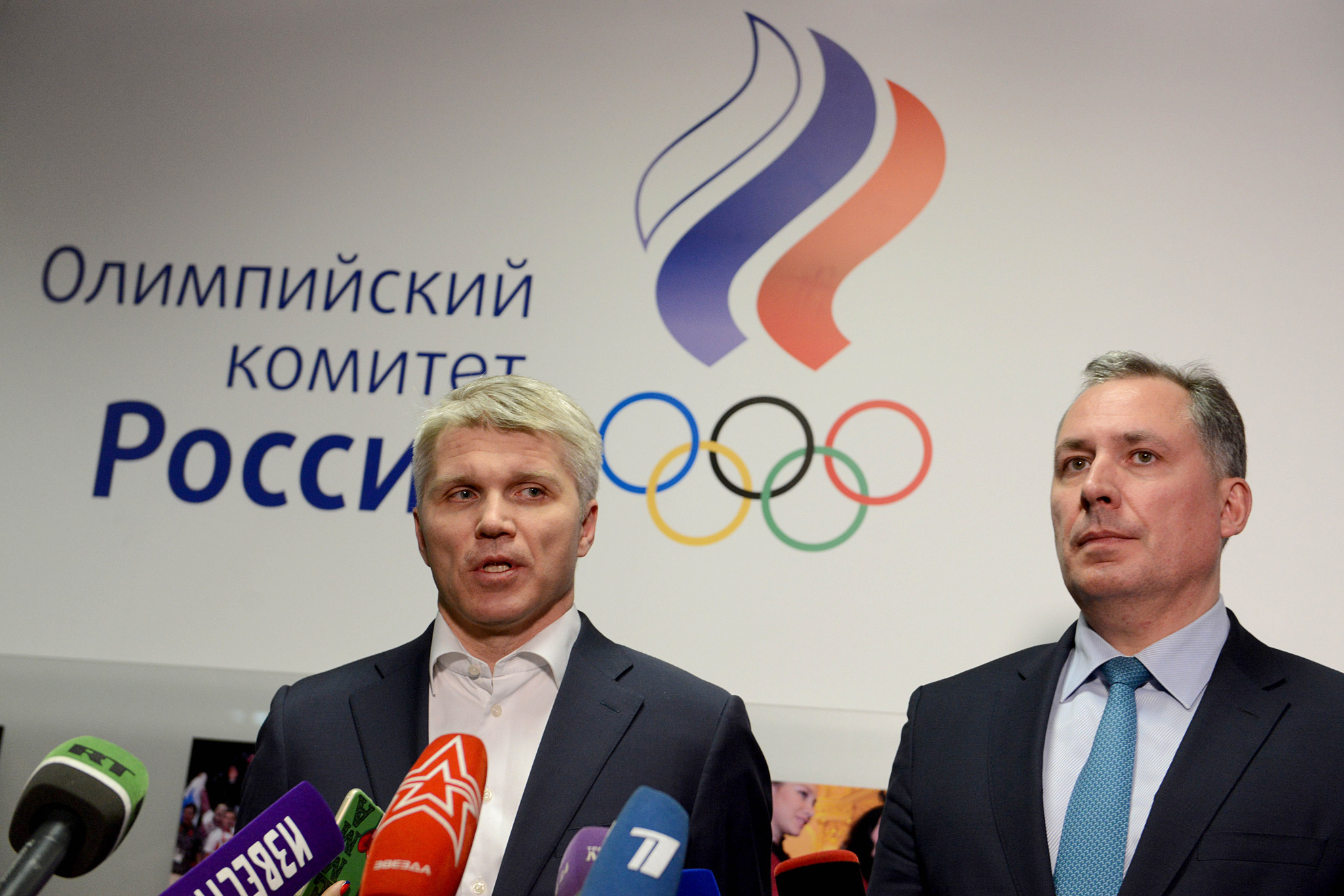 Russian Olympic Committee President Stanislav Pozdnyakov, right, and the country's Sports Minister Pavel Kolobkov, left, are both Olympic gold medal-winning fencers ©ROC