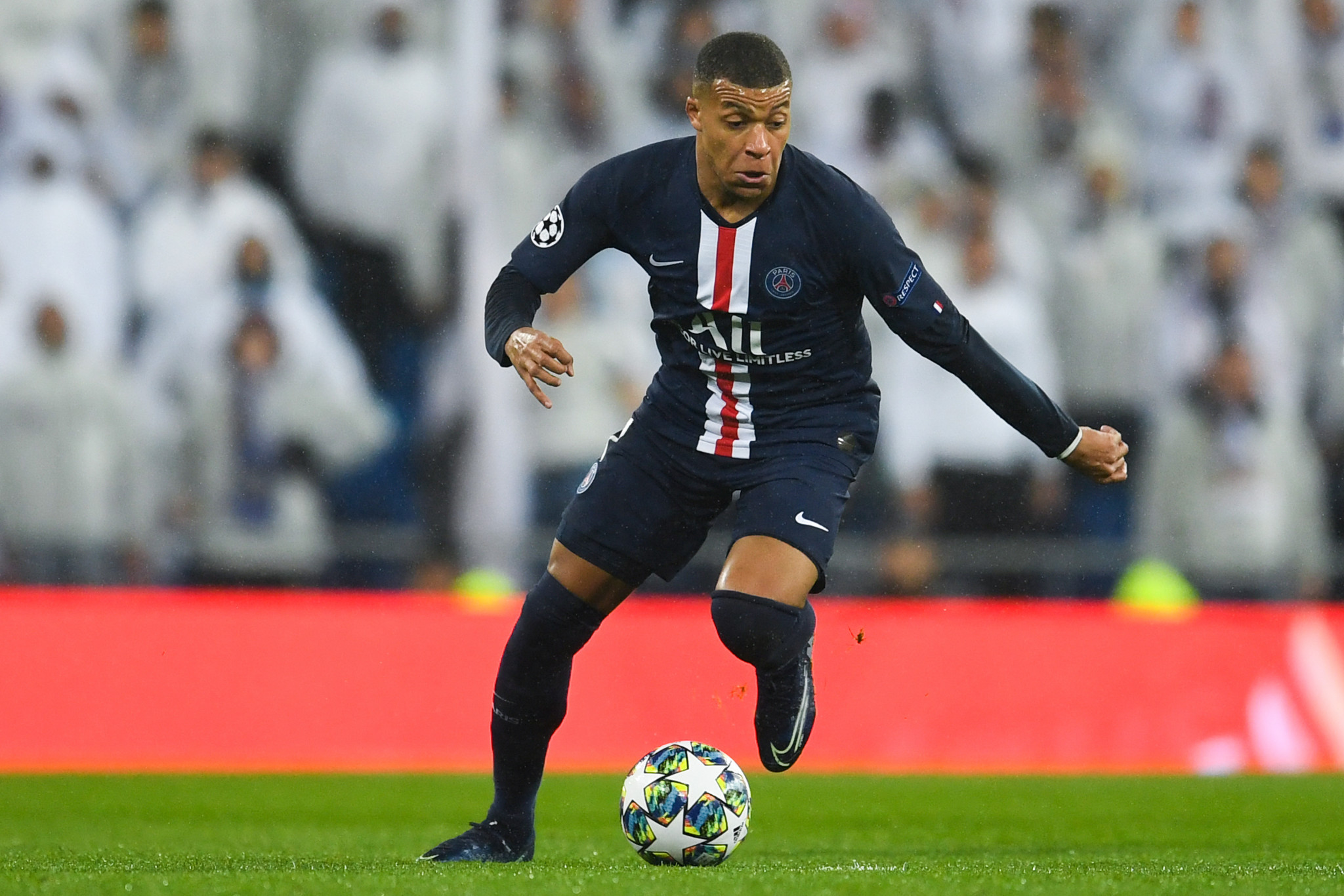 Mbappé to star on FIFA 22 cover as new technology looks to make game more realistic