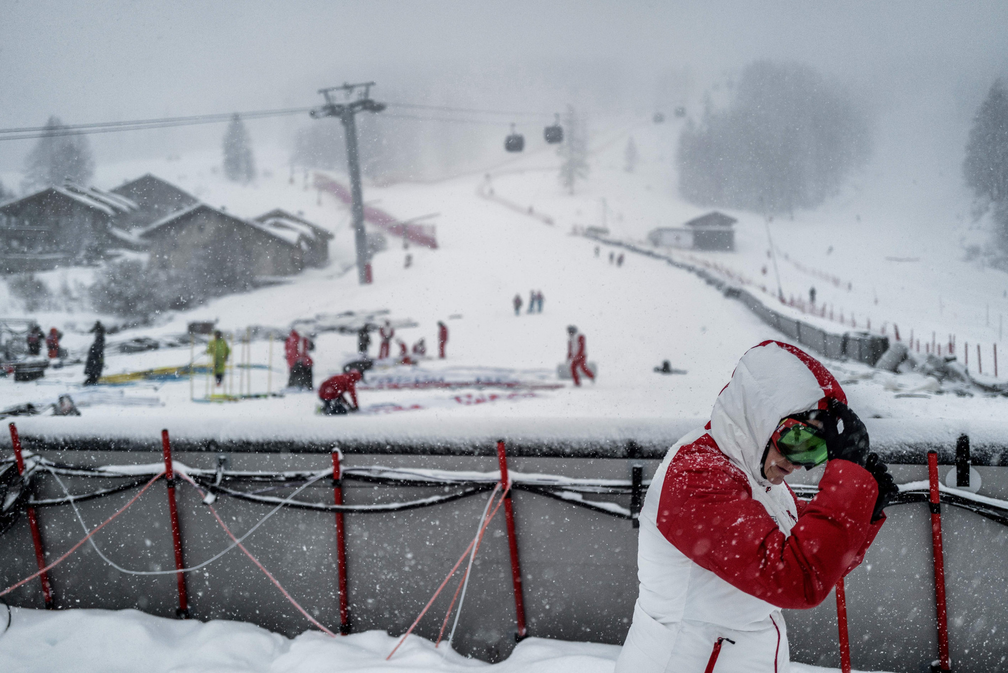 FIS announce cancelled women's downhill from Val d'Isère to be held in Bansko