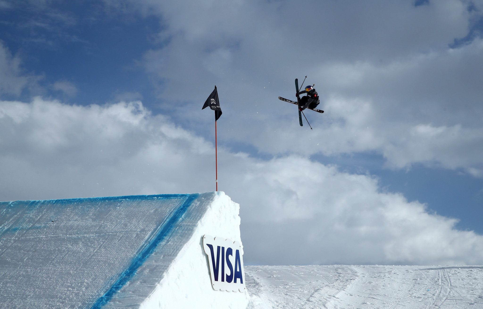 World champion Ledeux delights home crowd at FIS Freeski Slopestyle World Cup
