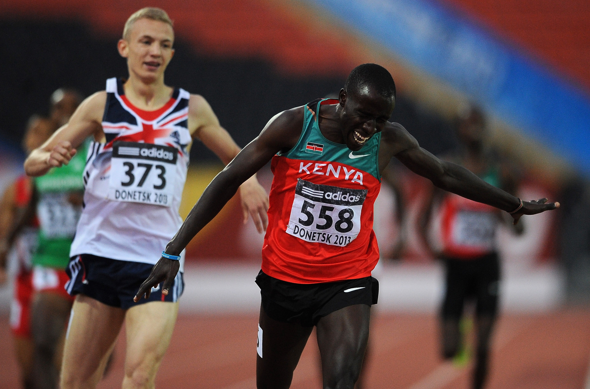 Britain's Kyle Langford, left, took to Twitter after Alfred Kipketer, right, who beat him to the 2013 IAAF World Youth Championship 800m title in Donetsk, was provisionally suspended by the AIU ©Getty Images