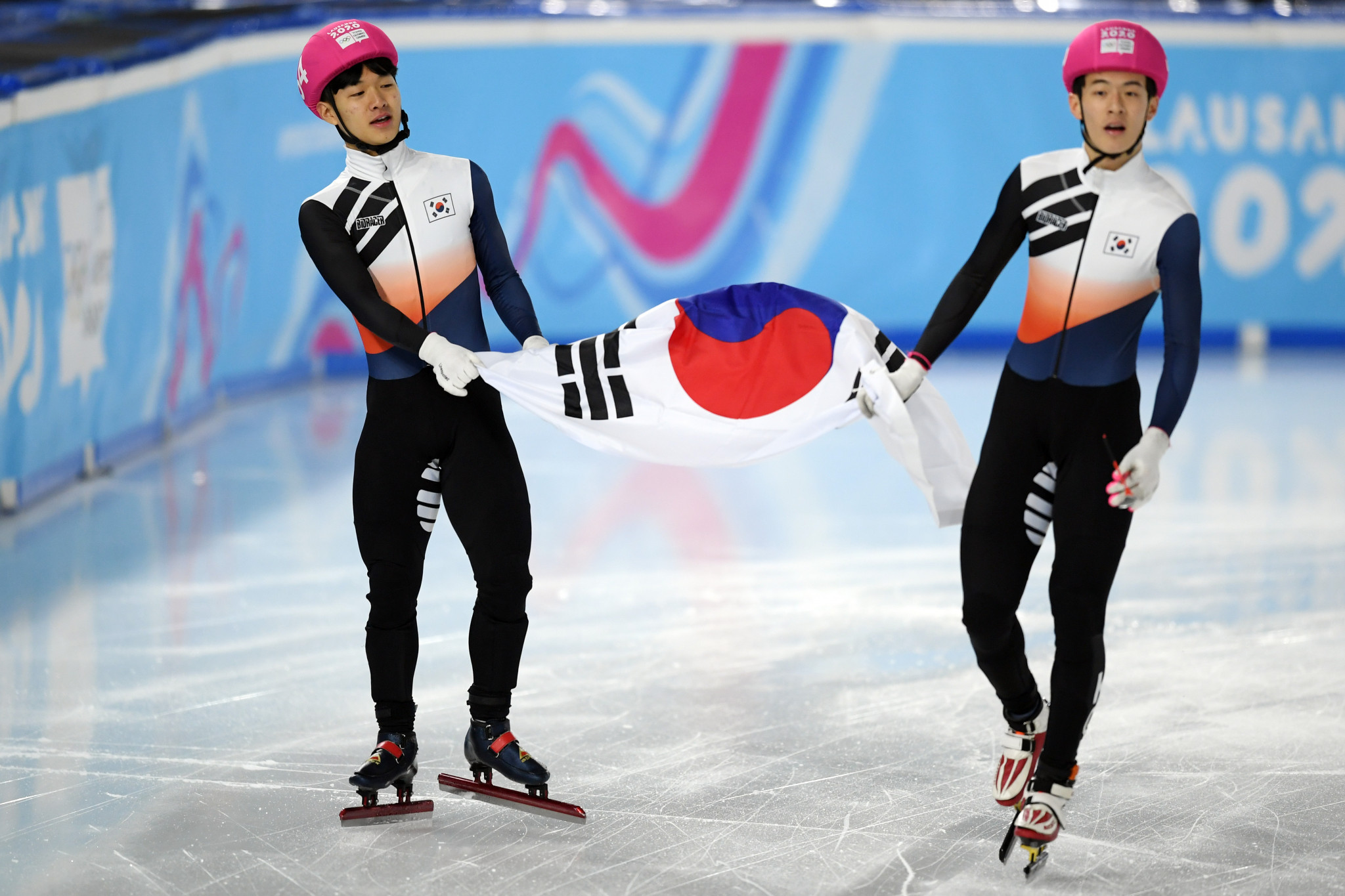 South Korea celebrated a one-two in the men's 500m event at the Winter Youth Olympic Games ©Getty Images