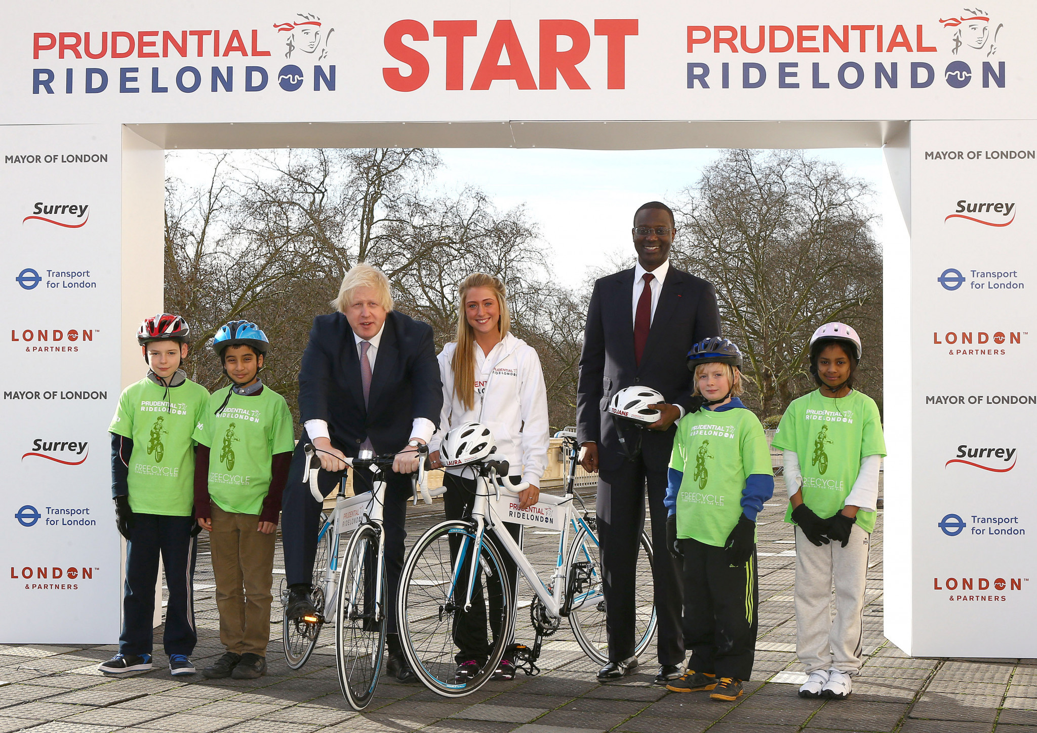 Tidjane Thiam, third right, had previously worked for British insurance company Prudential, sponsors of the RideLondon cycle event, which then London Mayor Boris Johnson, third left, helped launch ©Getty Images