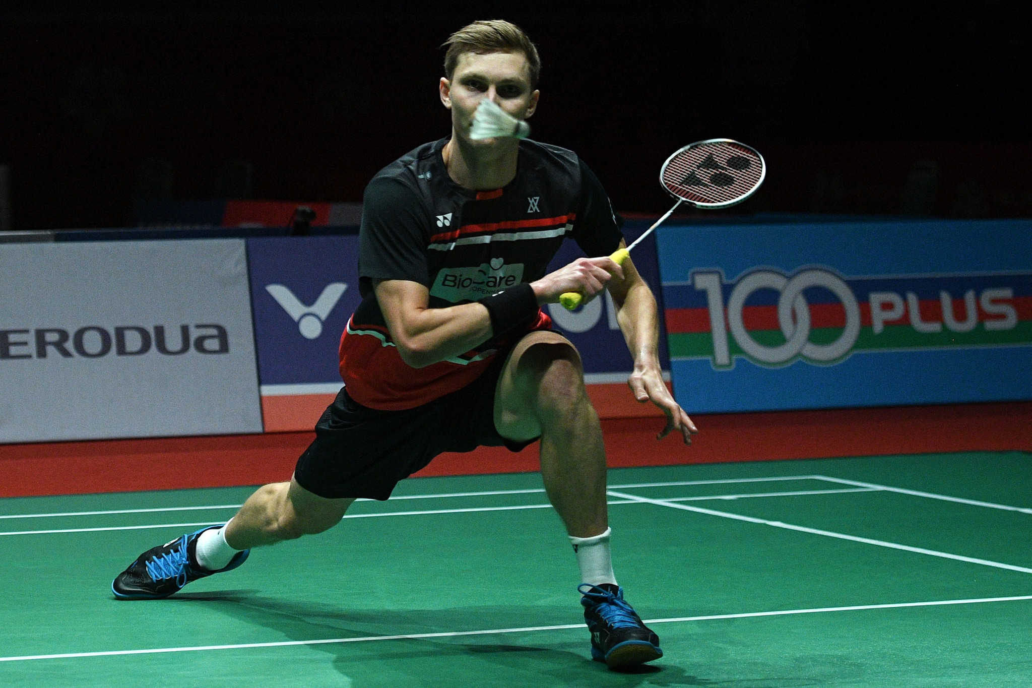 Denmark's Viktor Axelsen moved closer to the successful defence of his men's singles title at the BWF Barcelona Spain Masters ©Getty Images