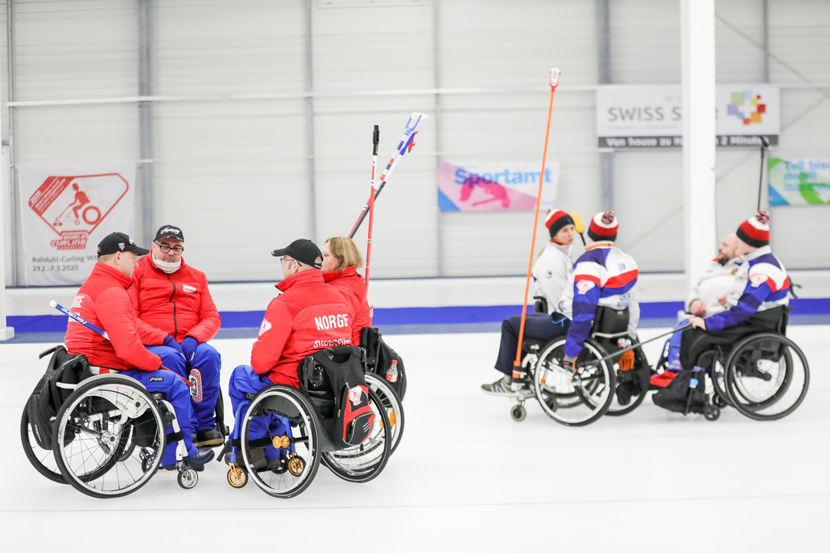 Holders China and Sweden still unbeaten at World Wheelchair Curling Championship