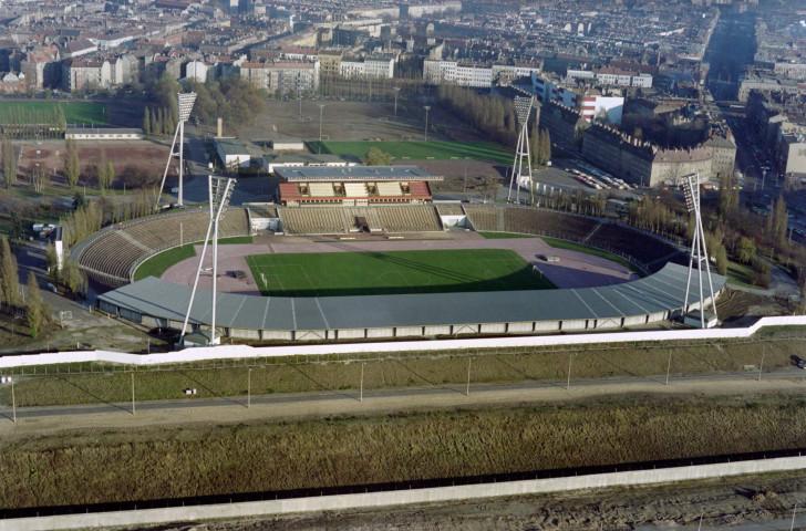 Aerial view of the Dynamo Stadium in East Berlin © DERRICK CEYRAC,GERARD MALIE/AFP via Getty Images