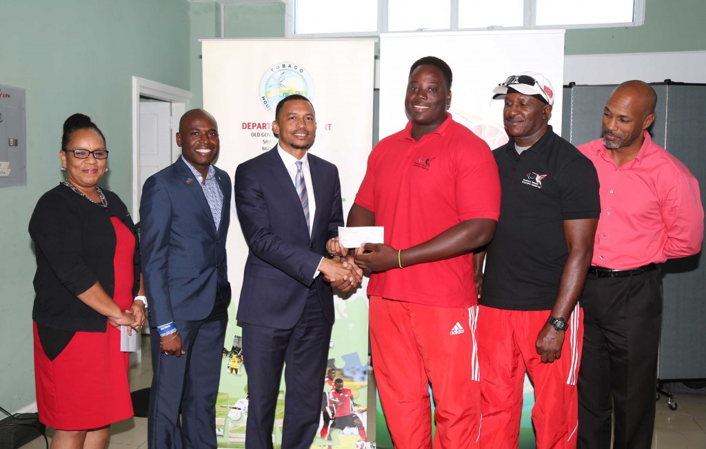 Stewart receives cash boost from TTOC following double gold at Toronto 2015 Parapan American Games