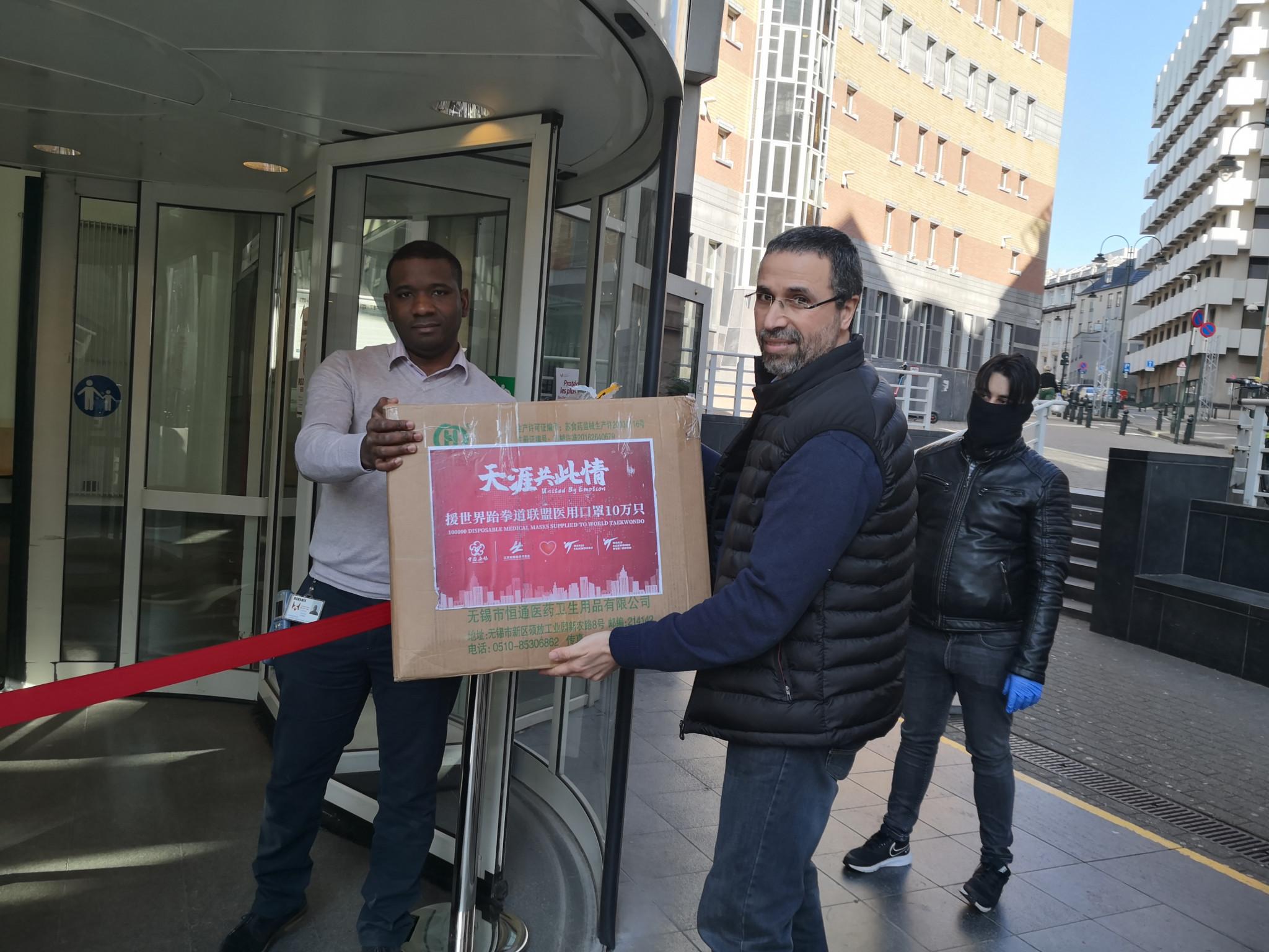 Belgian Taekwondo Federation donates masks to Brussels hospital