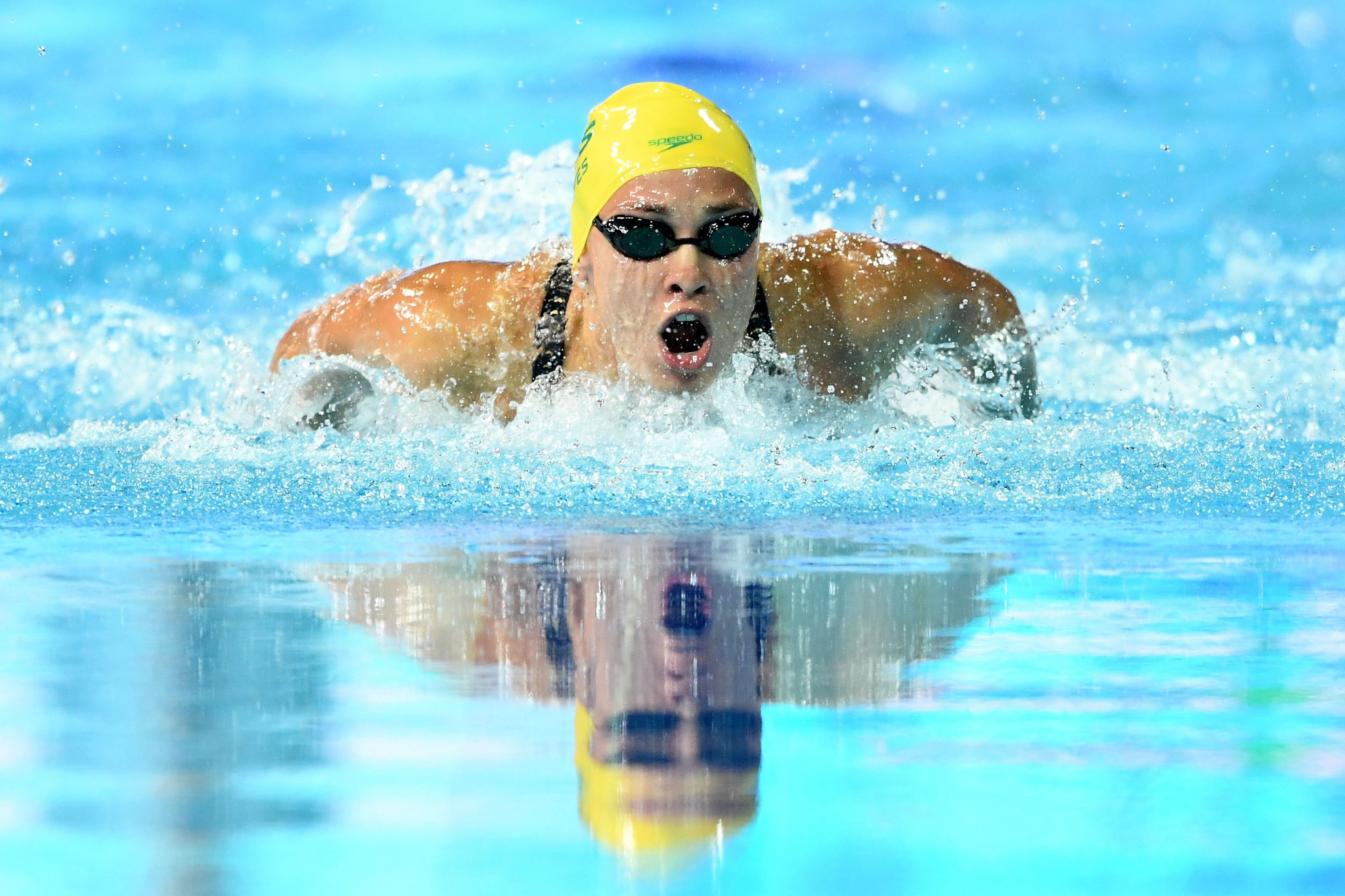 Madeline Groves hopes to bounce back from a cancer scare to win medals in Tokyo ©Getty Images