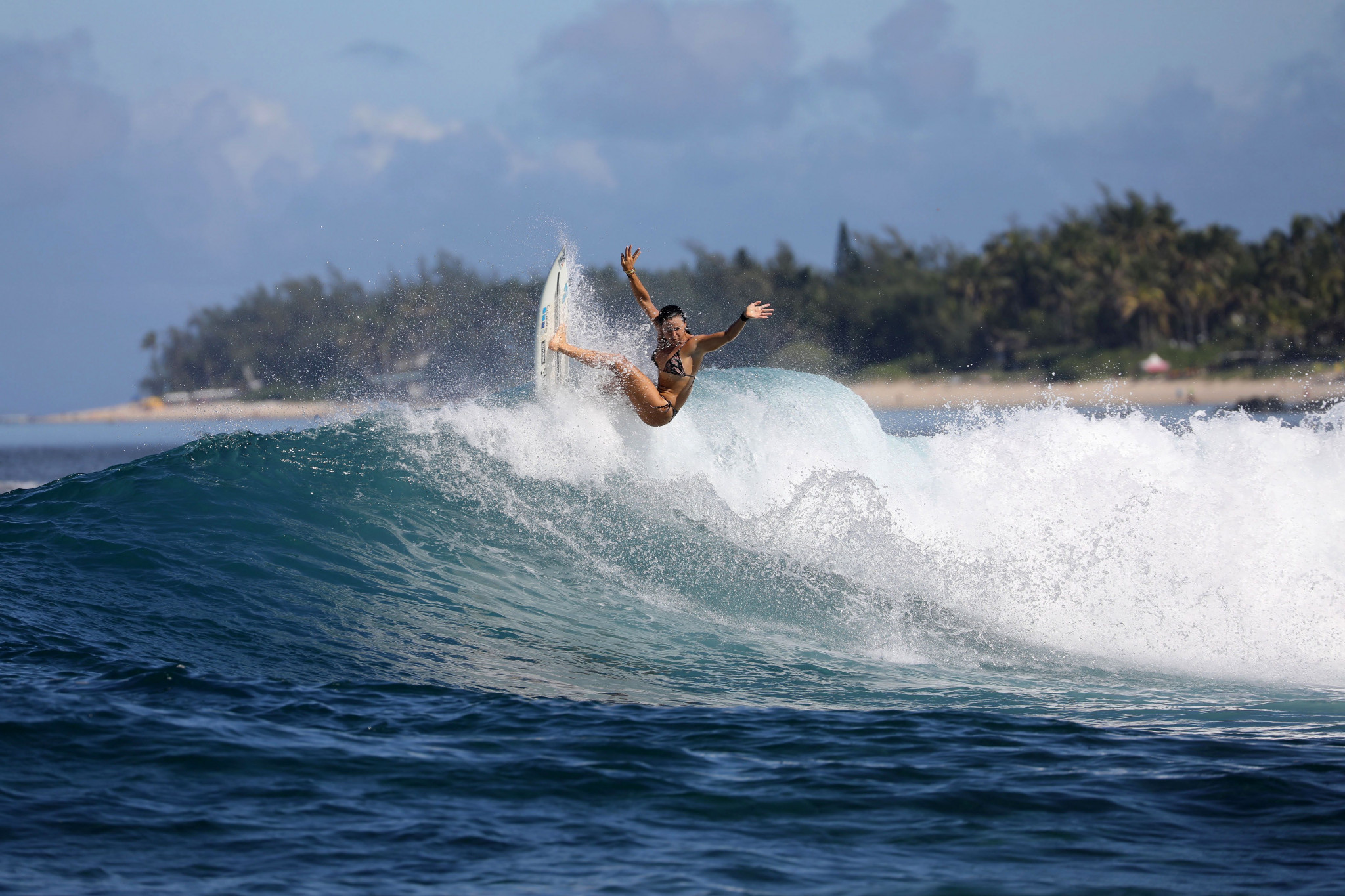 """Defay backs Paris 2024 surfing competition to look """"magnificent"""""""