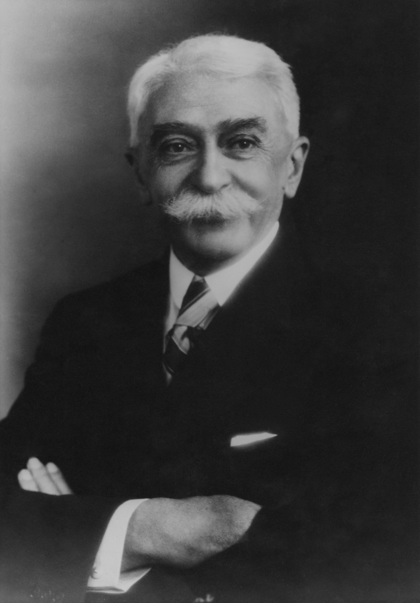 Baron Pierre de Coubertin, circa 1925. Fox Photos/Hulton Archive/Getty Images