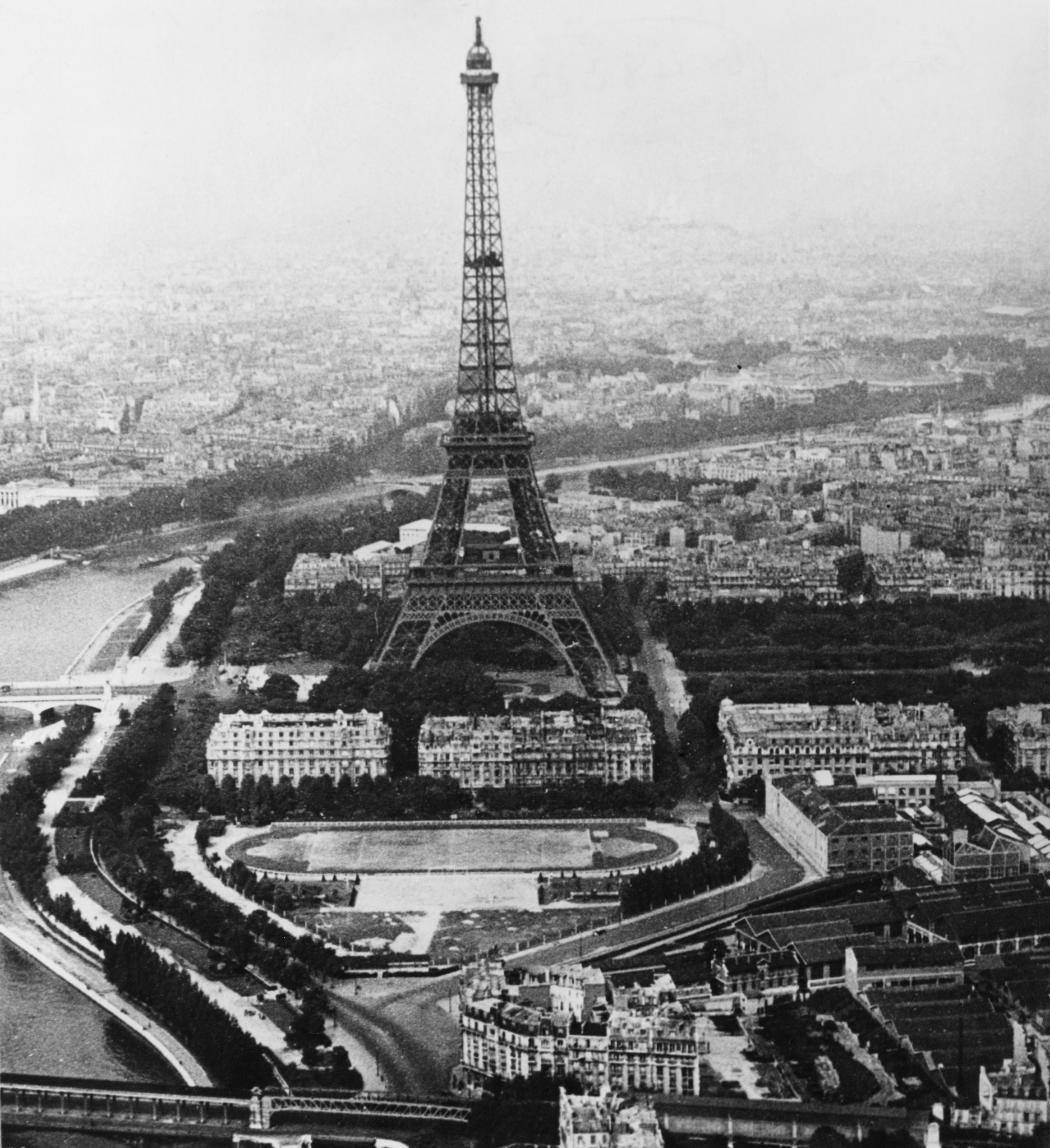 An aerial view of the Eiffel Tower, Paris. ©Keystone/Hulton Archive/Getty Images