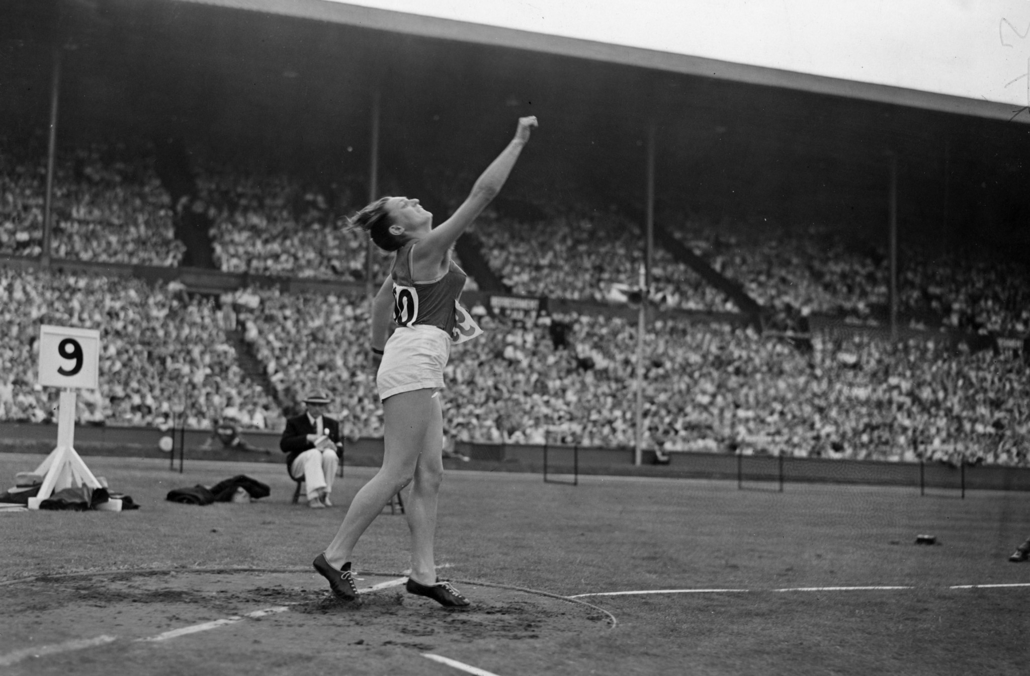 Charlotte 'Lotte' Haidegger throws Discus to win Gold at the 1949 Summer International University Sports Week. ©Topical Press Agency/Getty Images