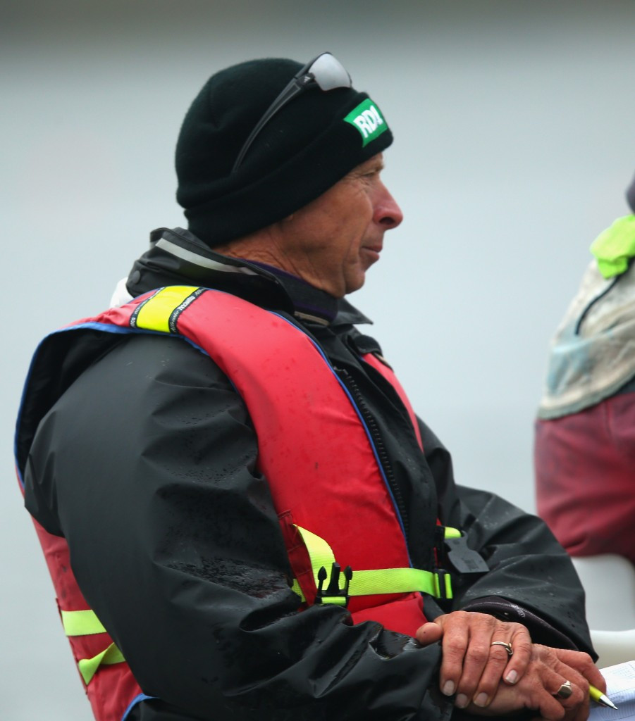 Legendary coach leaves Rowing New Zealand following row over Chinese crew