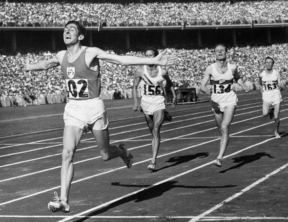 Ronnie Delany wins gold for Ireland at the 1956 Olympic Games in Melbourne, triumphing in the men's 1500 metres ©Athletics Ireland