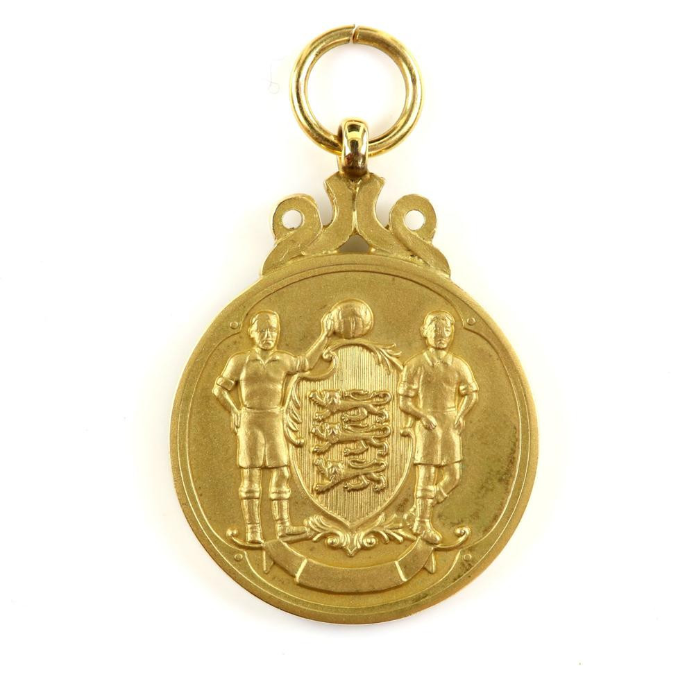 Norman Whiteside's FA Cup winners medal from 1985 sold for £30,000 - twice its estimate ©Ewbank's Auctions