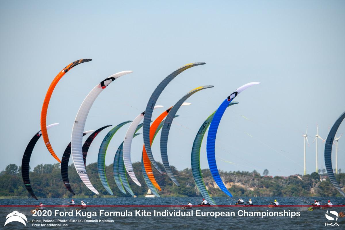 Mazella has perfect day two to go top at Formula Kite Individual European Championships