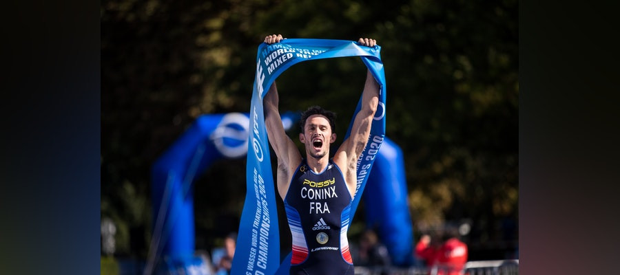 Dorian Coninx anchored home his team to retain France's World Mixed Relay title ©ITU
