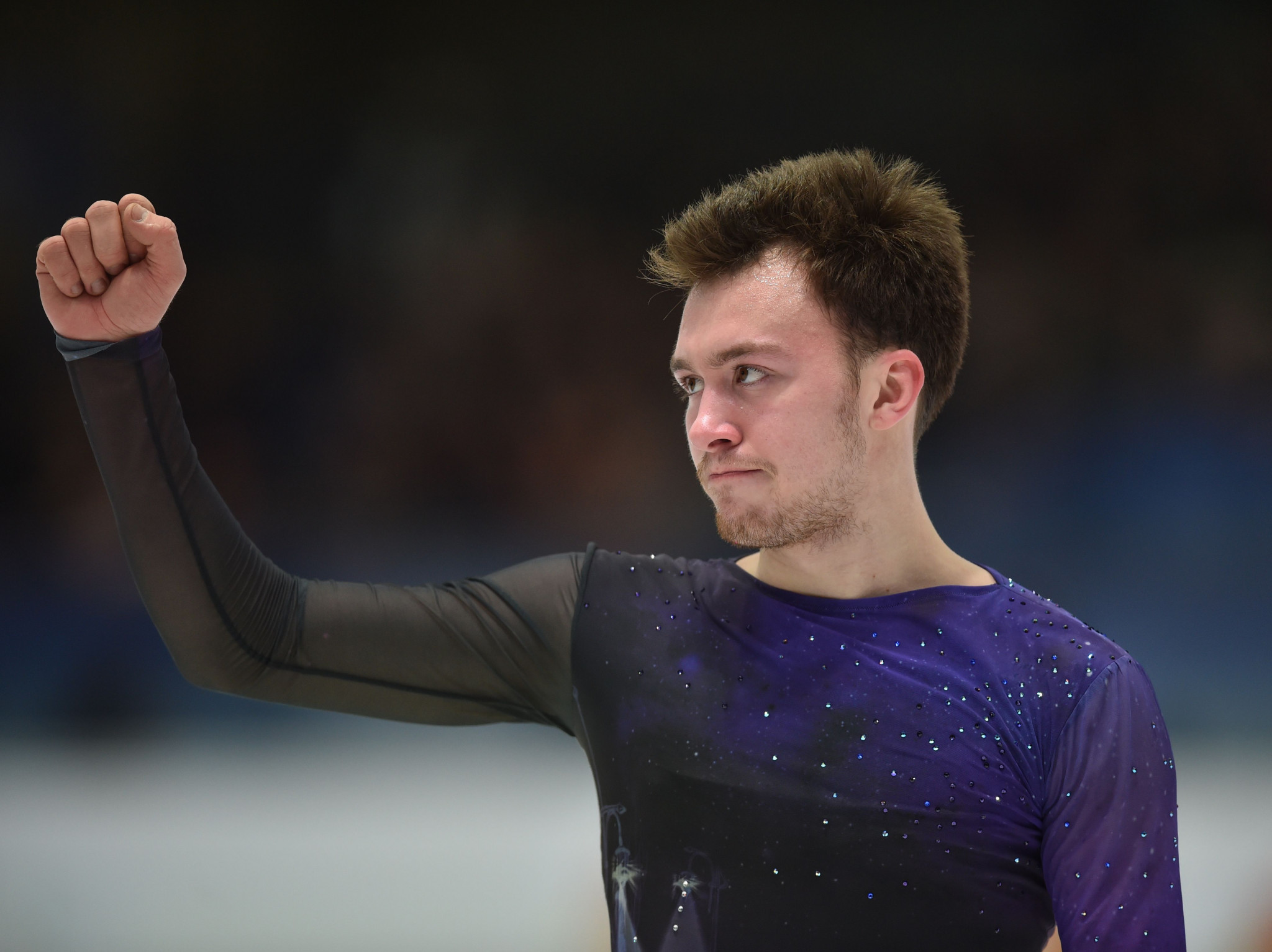 Russian figure skating star back in training after treatment