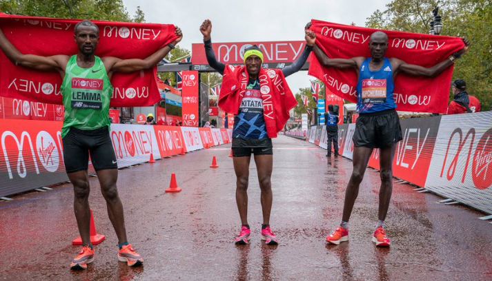 """London Marathon winner Kitata hails Kipchoge as """"king"""" and reveals his coach stayed home with COVID-19"""