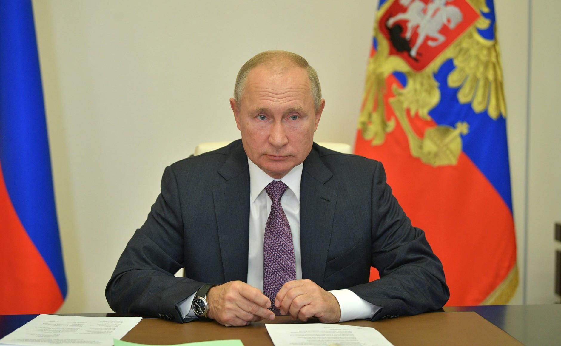 Putin congratulates Repilov for world luge gold under new WADA sanction conditions