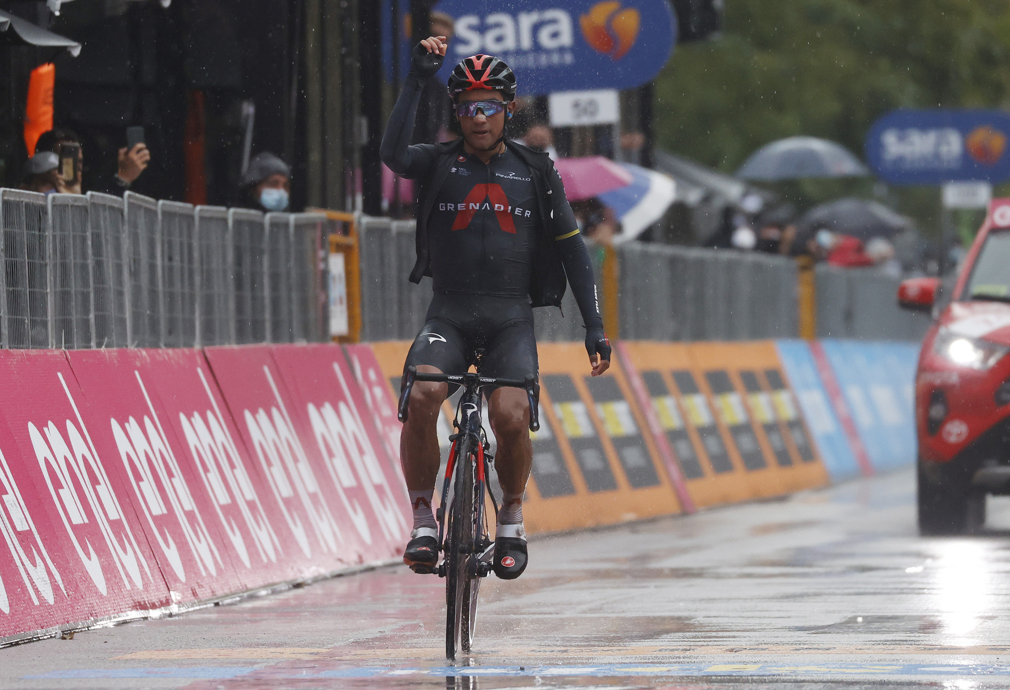 Jhonatan Narváez triumphed on stage 12 as the future of the race remains uncertain ©Getty Images