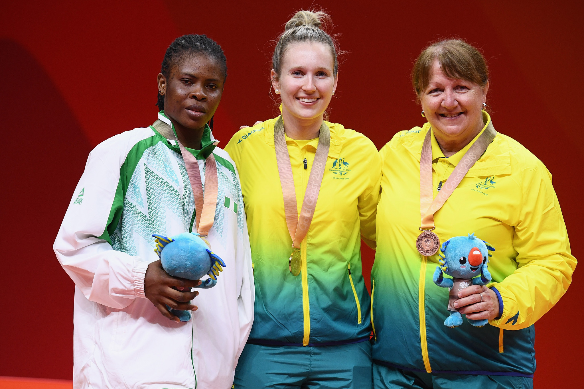 Melissa Tapper, centre, won gold at the 2018 Commonwealth Games ©Getty Images