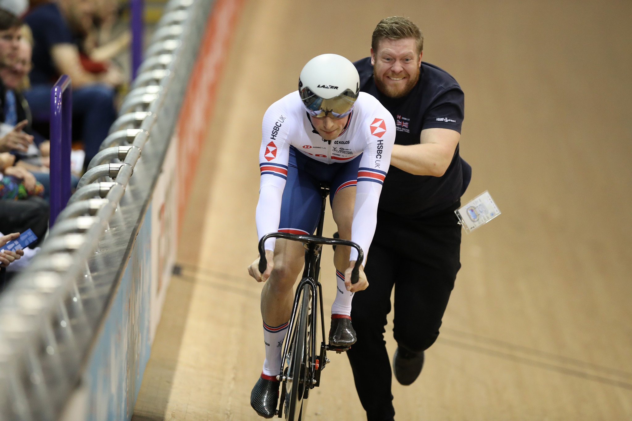 """British Cycling sack sprint coach over """"inappropriate relationships"""" with riders"""