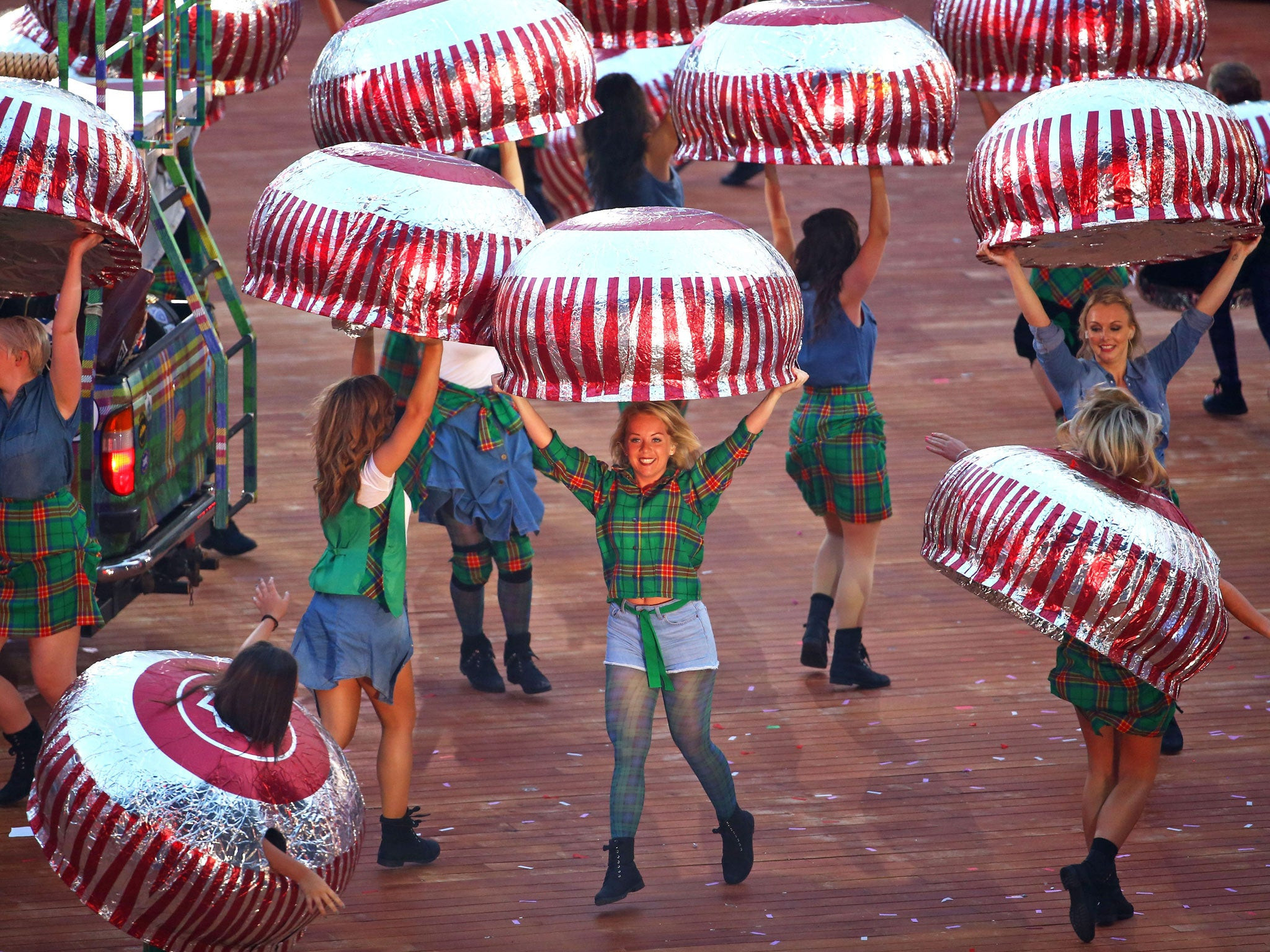 A total of 30 giant Tunnock teacakes played a starring role in the Opening Ceremony at Glasgow 2014 ©Getty Images
