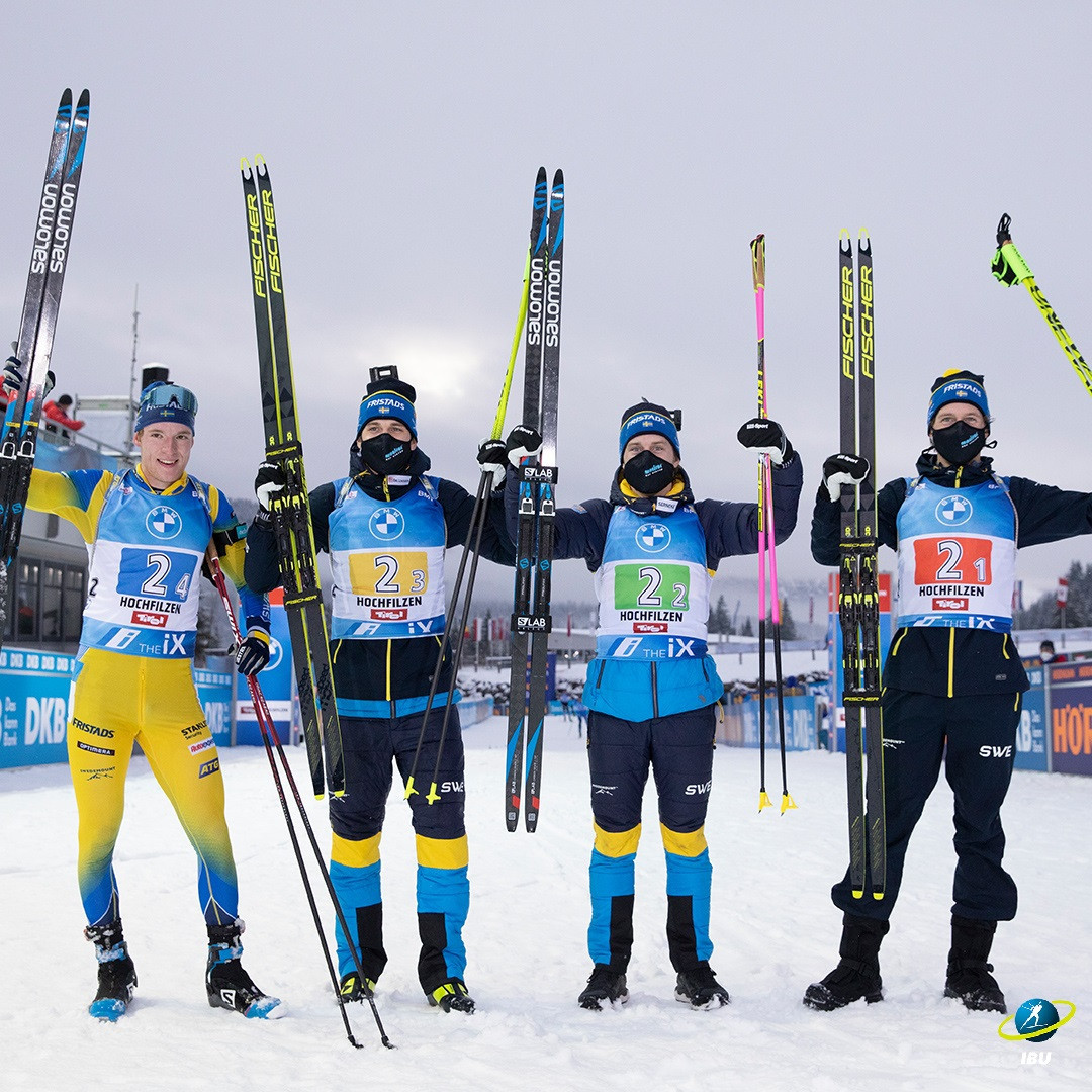 Sweden clinched the men's 4x7.5km relay victory in Hochfilzen ©IBU