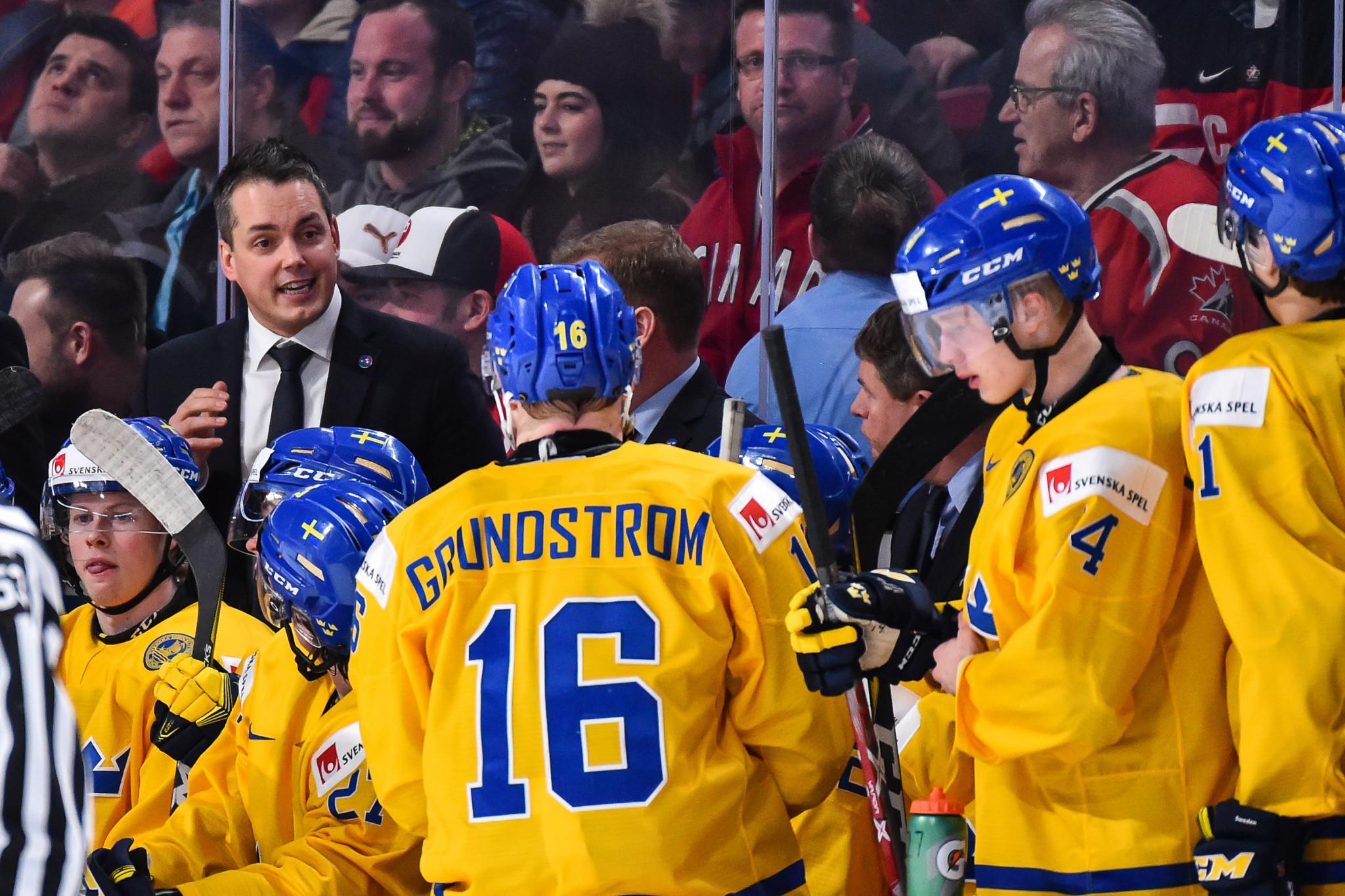 Tomas Montén, head coach of Sweden's junior team, was unable to travel to Edmonton after contracting coronavirus ©Getty Images