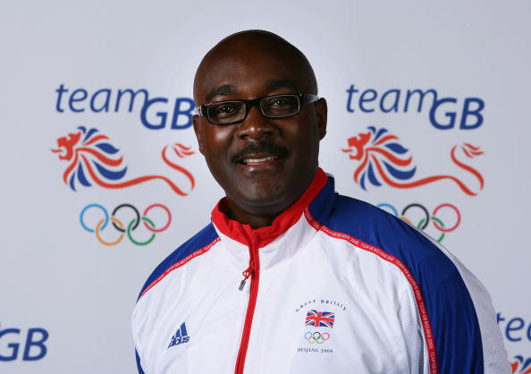 Tributes pour in following death of Ohuruogu's coach Cowan
