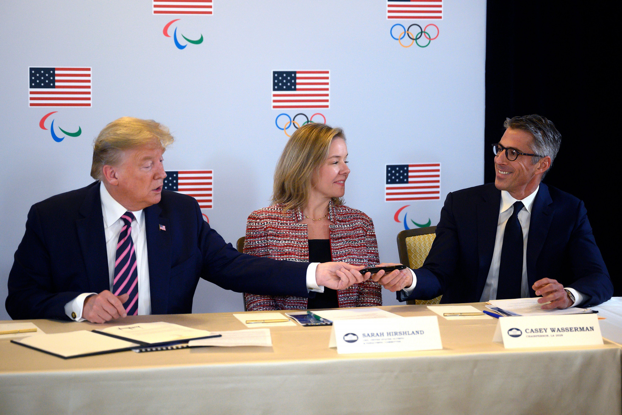 Los Angeles 2028 chairperson Casey Wasserman, right, with American President Donald Trump, left, and United States Olympic and Paralympic Committee chief executive chief executive Sarah Hirshland ©Getty Images