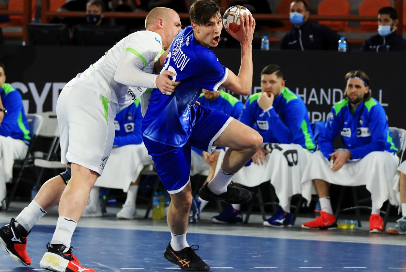 The Russian Handball Federation claimed their first win of the IHF World Men's Handball Championship after defeating Slovenia 31-25 ©Handball Egypt