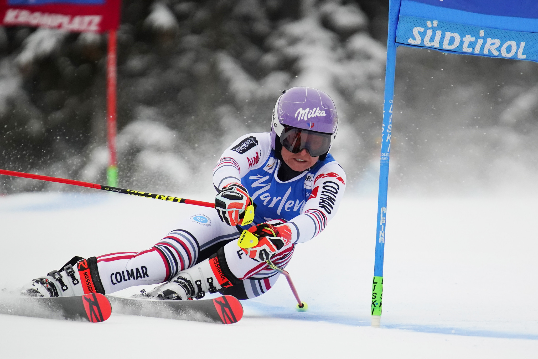 Worley wins first Alpine Skiing World Cup giant slalom in more than two years