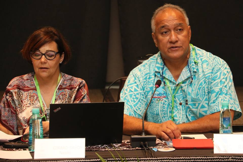 Guam NOC President Ricardo Blas, right, recently oversaw an online coaching session by his organisation offering key advice to student athletes during the pandemic ©GNOC