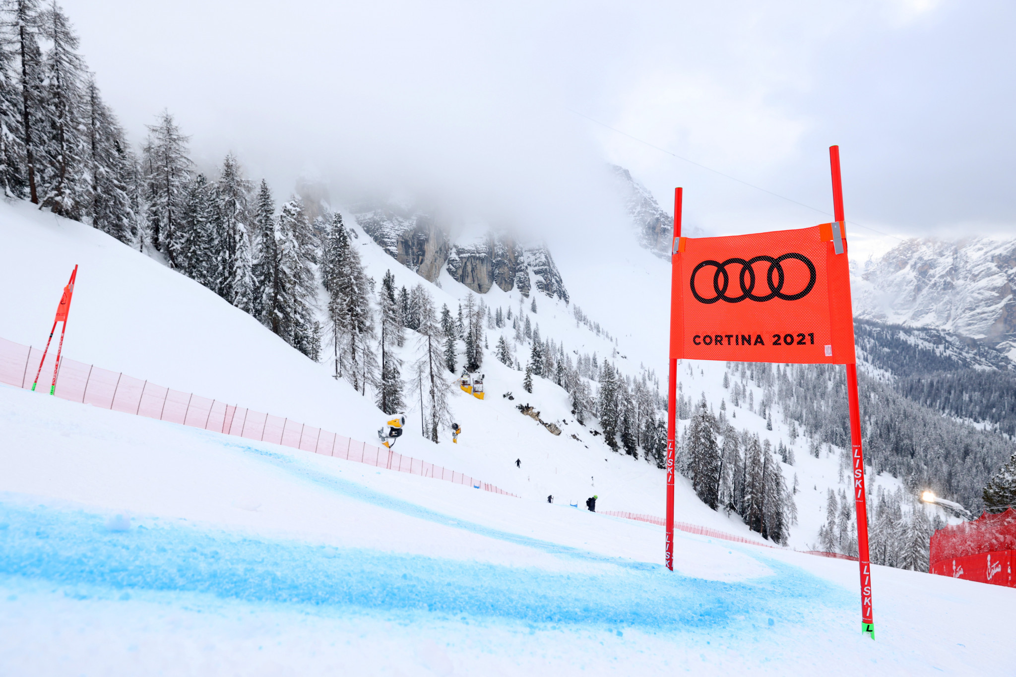 Weather forces second day of postponements at Alpine World Ski Championships