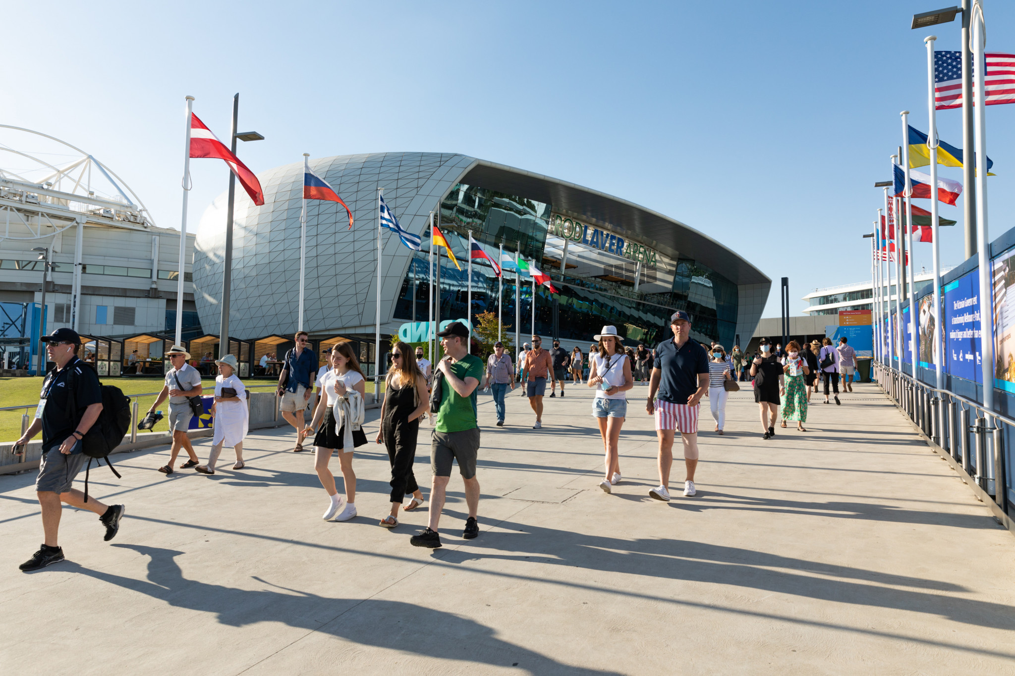 Crowds poised to return at Australian Open as snap lockdown to end