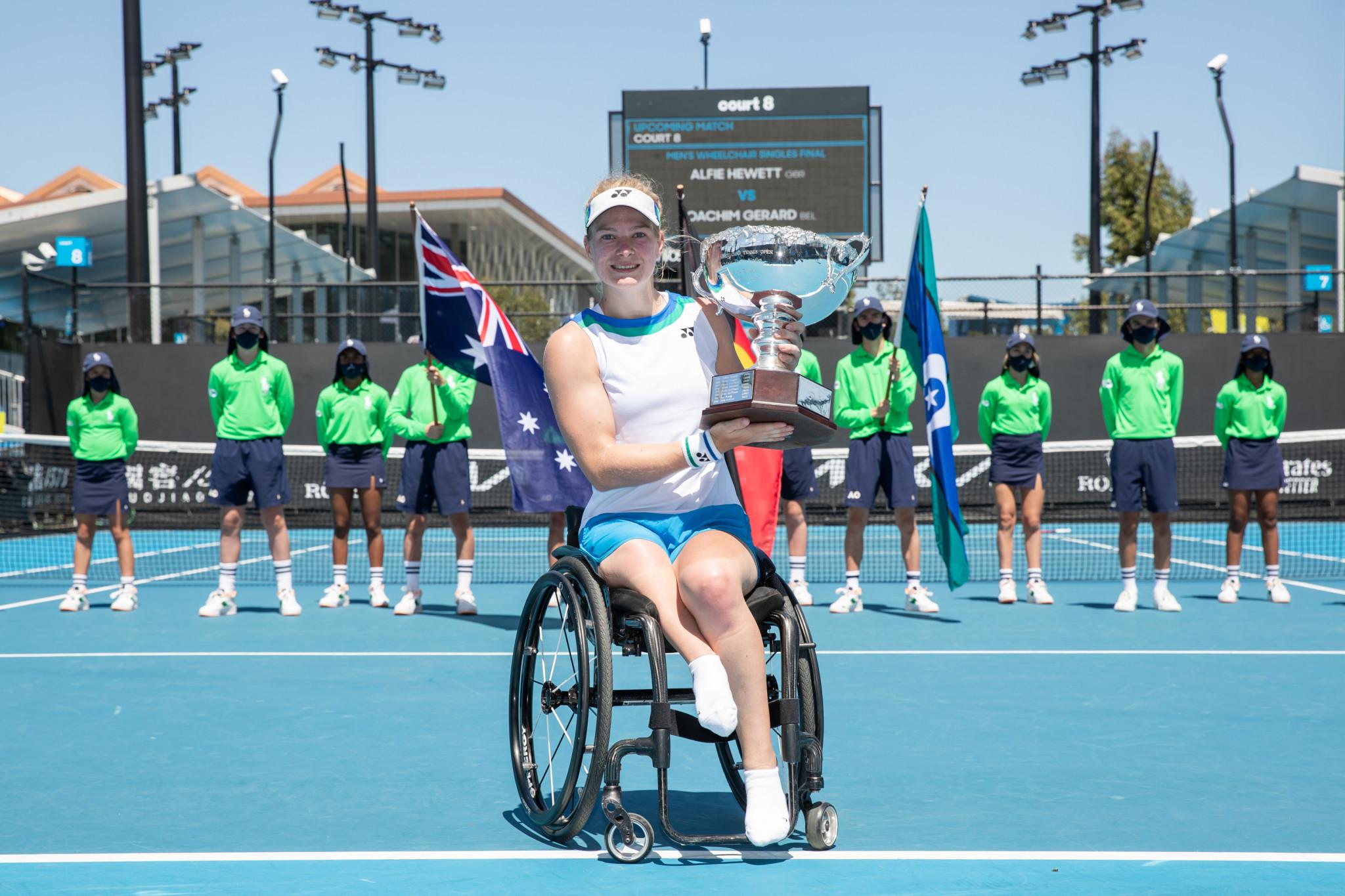 De Groot and Alcott do the double in Australian Open wheelchair tennis finals