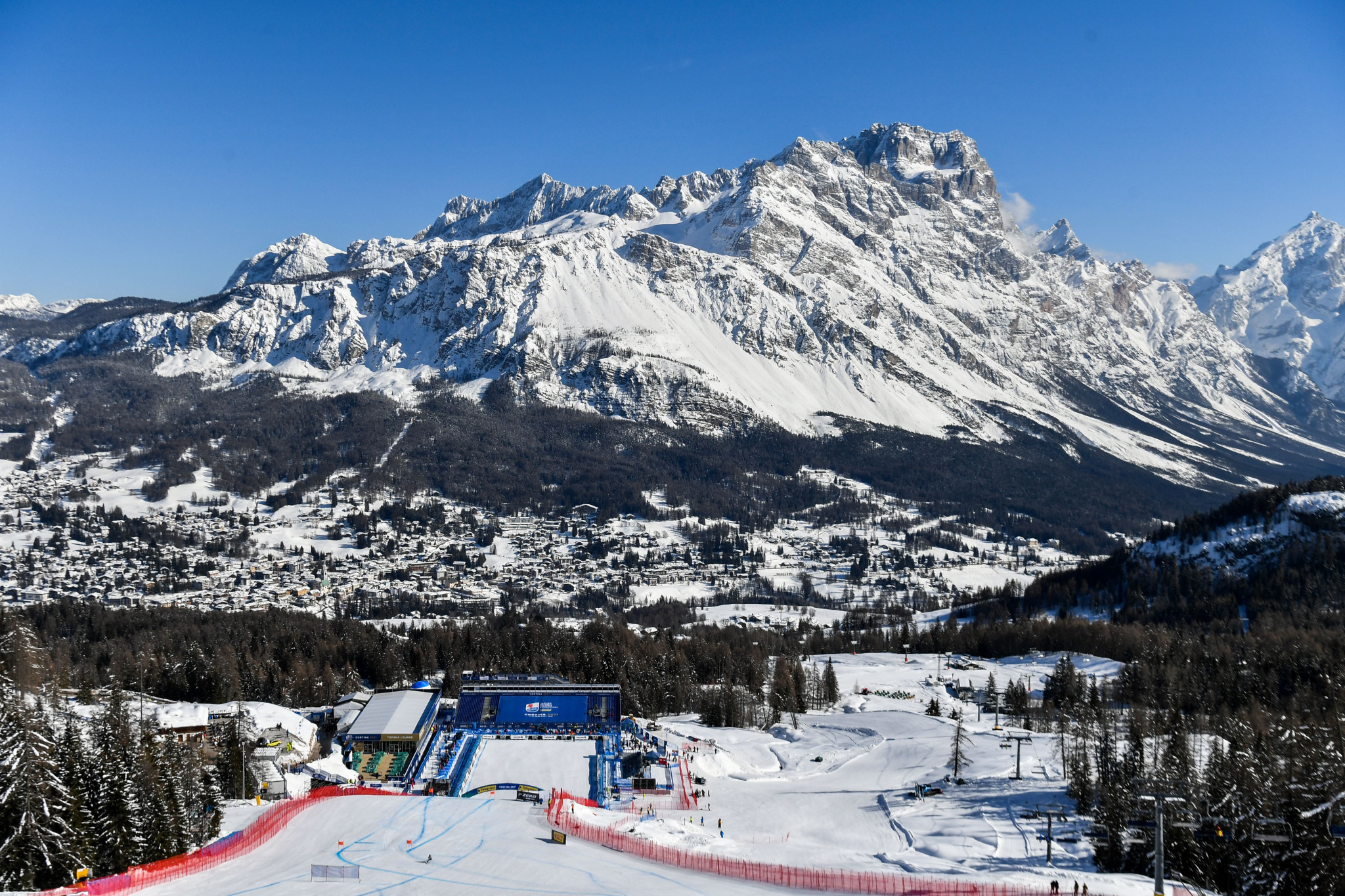 Courchevel-Méribel 2023 organisers are currently on an educational visit to the 2021 Alpine Ski World Championships in Cortina d'Ampezzo ©Getty Images