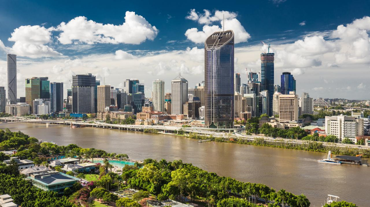 Brisbane is in pole position to land the hosting rights for the 2032 Olympic and Paralympic Games ©AOC