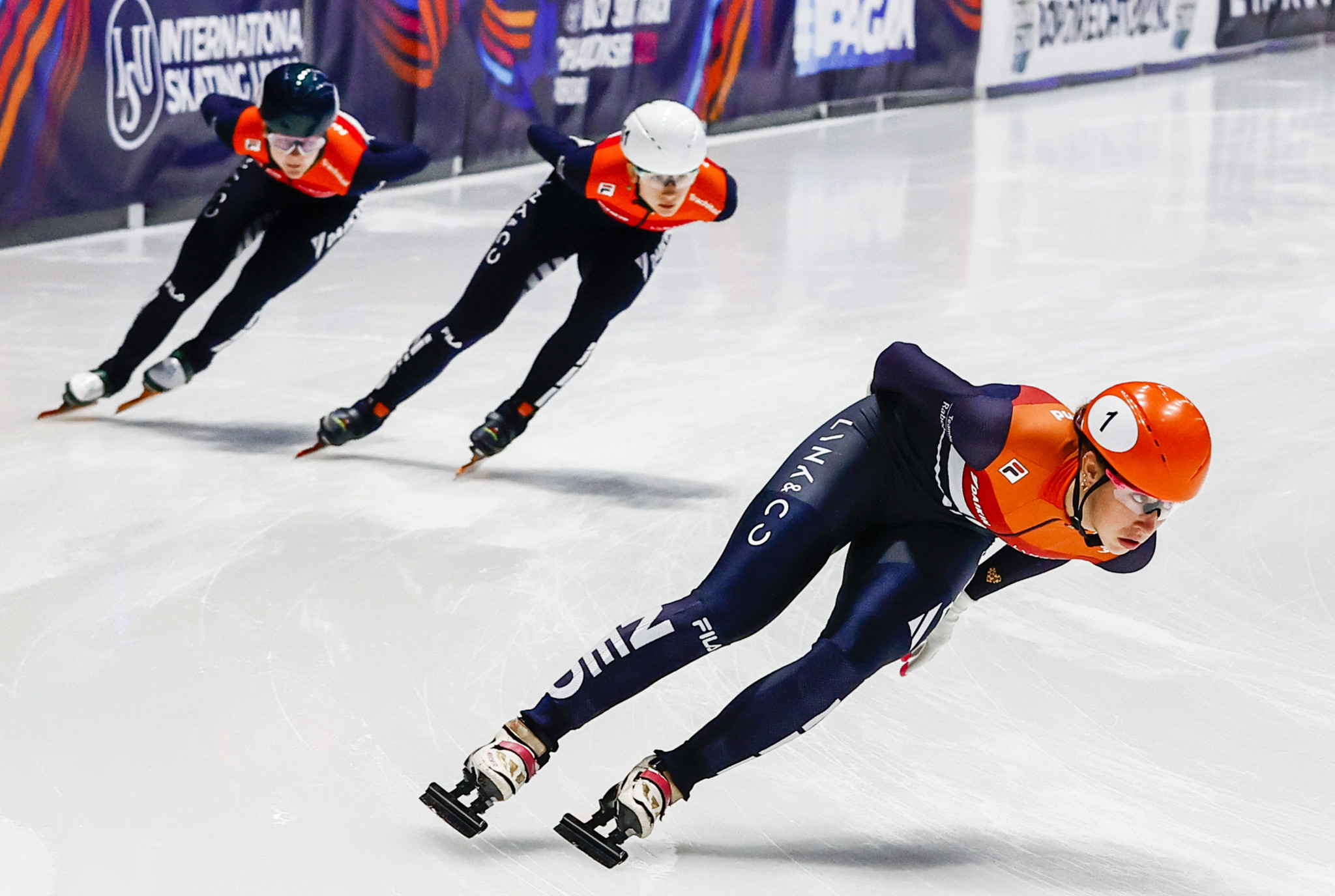 Qualifying races open World Short Track Speed Skating Championships in Dordrecht