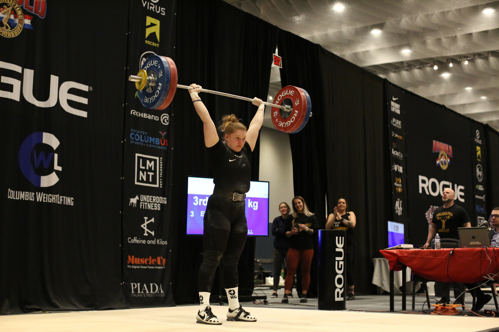 Former shot-putter Kristen Erickson in action at the North American Open ©USA Weightlifting