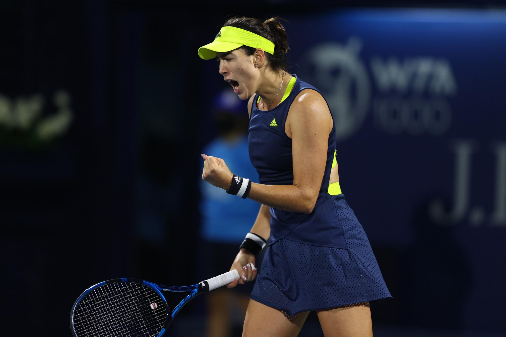 Muguruza and Mertens only remaining seeds at WTA Dubai Tennis Championships after three-set quarter-final wins