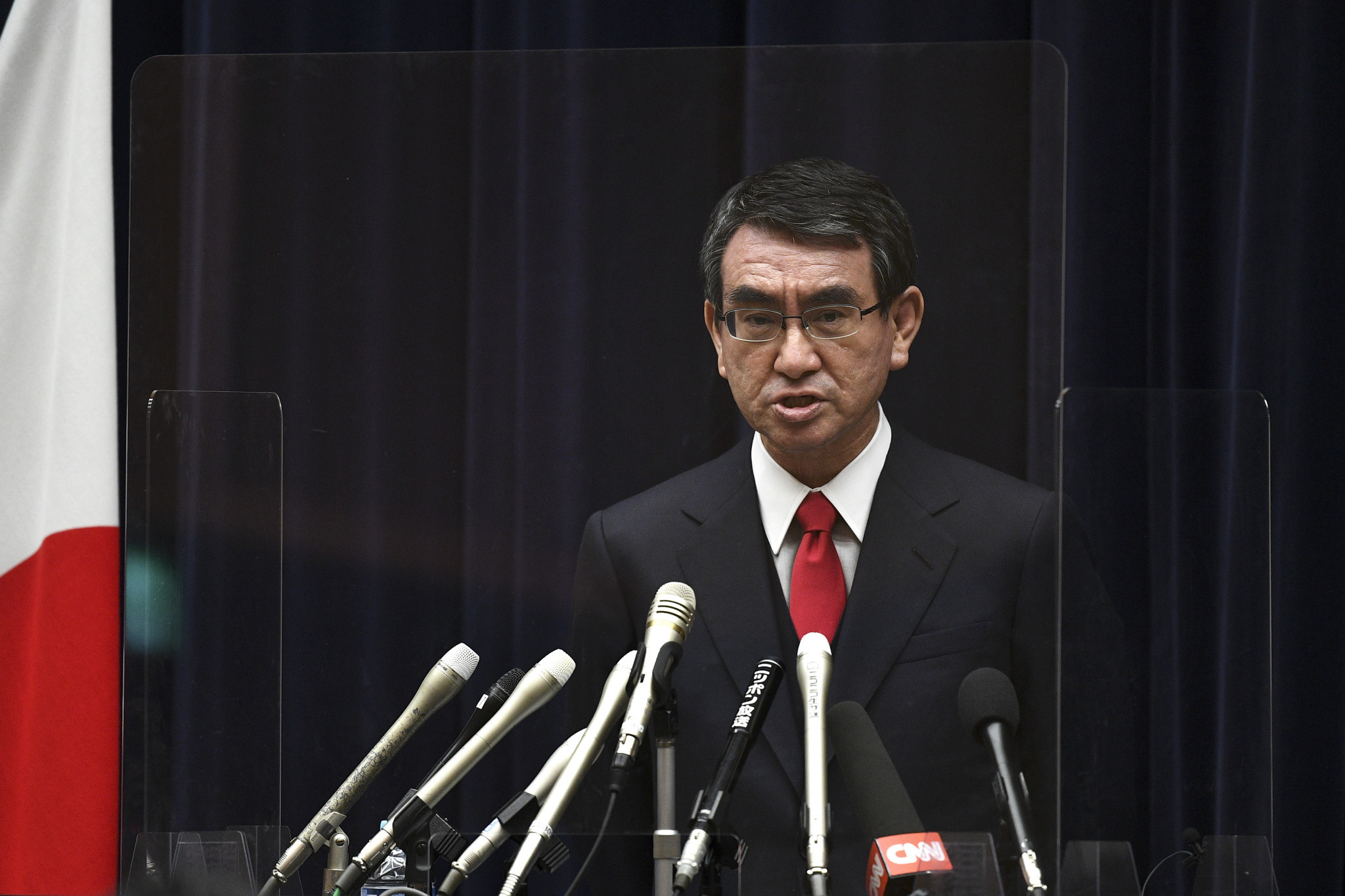 Japan's Vaccine Minister Taro Kono announced the procurement of 100 million does of a coronavirus vaccine ©Getty Images