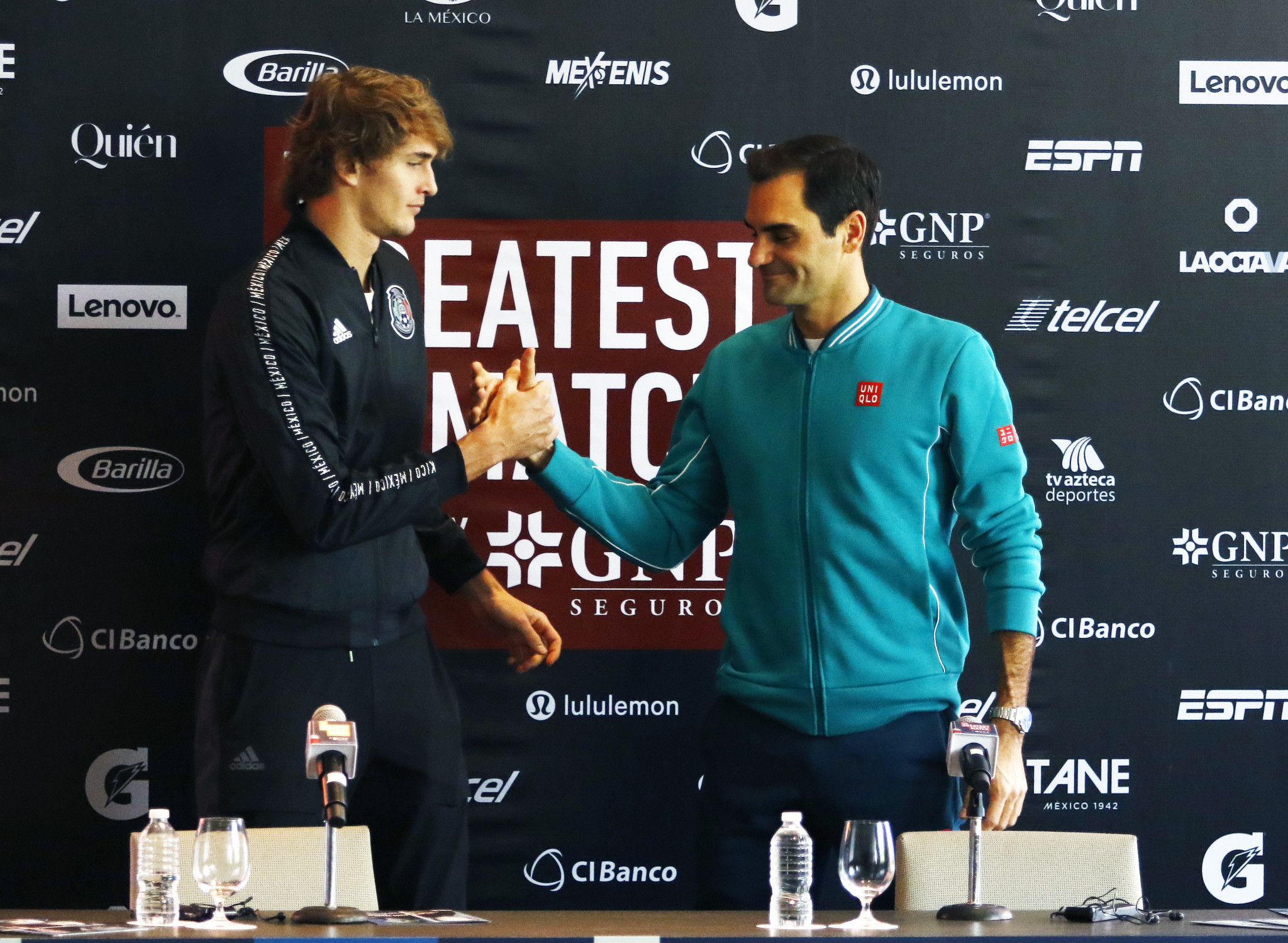US Open runner-up Alexander Zverev is one place behind fit-again Roger Federer, right, in the world rankings ©Getty Images